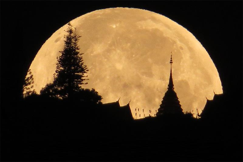 ดวงจันทร์ ที่มาของวันจันทร์