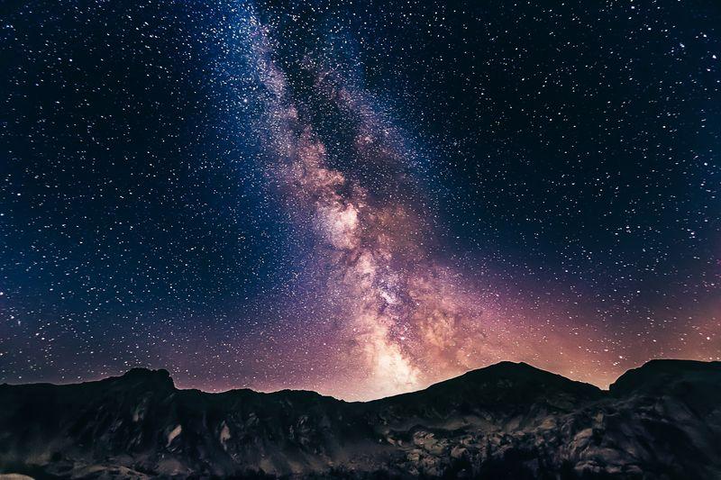 เมื่อดวงดาวบนฟ้าบอกเล่าเกี่ยวกับตัวเรา